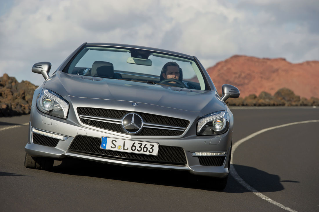 Mercedes benz sl 63 amg roadster 2013 cartype for How much is a mercedes benz amg