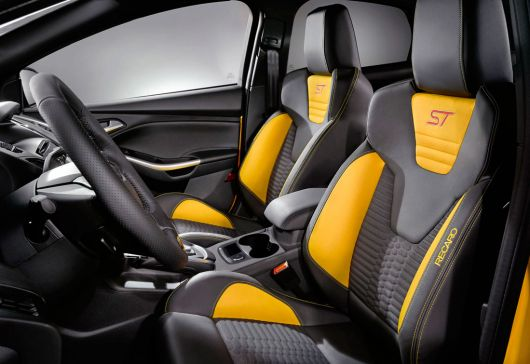 ford focus st in 13 03